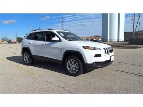 Pre-Owned 2018 Jeep Cherokee Latitude Plus AWD