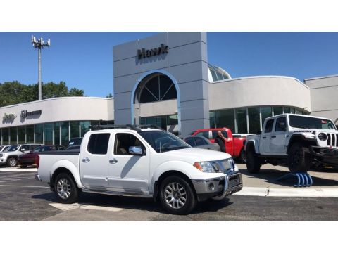 Pre-Owned 2011 Nissan Frontier 4WD SL