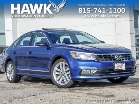 Certified Pre-Owned 2017 Volkswagen Passat 1.8T SE w/ Technology