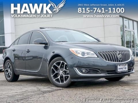 Pre-Owned 2017 Buick Regal Turbo Sport Touring